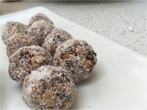 date coconut burfi balls full